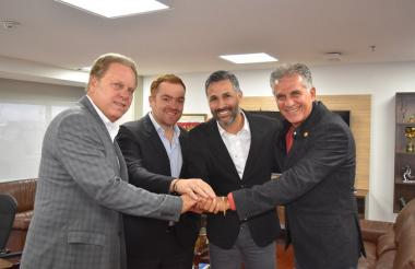 Ramón Jesurun, Iván Novella, Yepes y Queiroz.