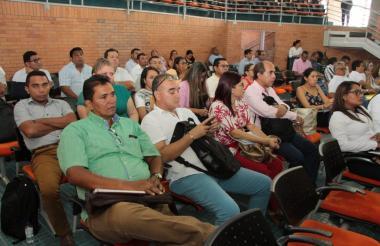 Funcionarios de los Montes de María en la reunión con la Agencia de Renovación del Territorio.