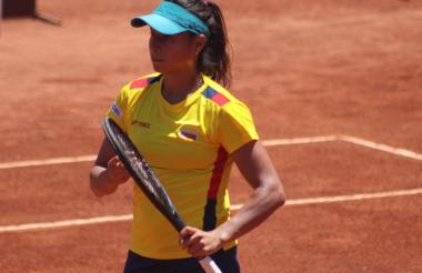 La tenista barranquilelra María Fernanda Herazo ahora reside y se entrena en Chile bajo las órdenes de Guillermo Hormazábal.