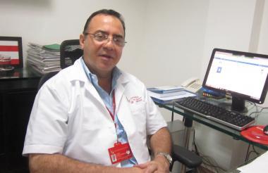 Dr Álvaro Bustos, vocero del gremio Médico en Córdoba.