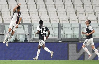 Cristiano Ronaldo celebrando uno de sus dos goles ante el Atalanta.