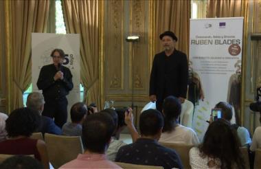 El salsero panameño, llamado el 'cronista de la salsa', durante una intervención en España.