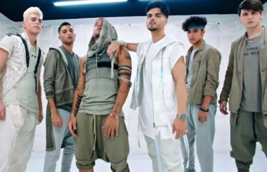 En 2016 ambos artistas habrían colaborado en el remix de la canción 'Quisiera' incluida en el álbum de CNCO.