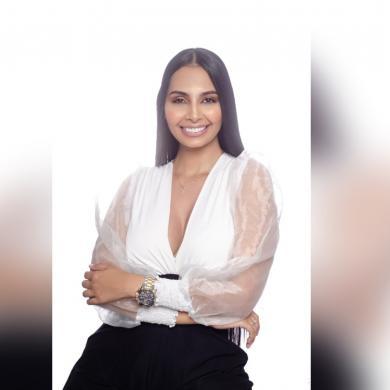 Stephanie Escobar, una mujer que diseña sonrisas