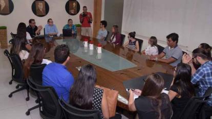 La mayoría de las clases se impartirán en la sala de juntas de esta casa editorial.