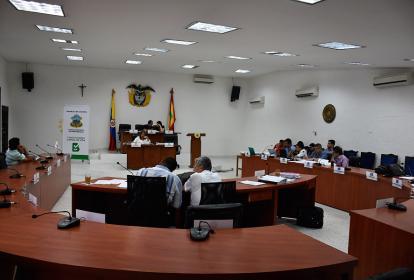 Sesión de la Comisión de Presupuesto durante el primer debate del marco fiscal.