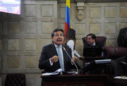 Fiscal Néstor H. Martínez durante el debate en Cámara.