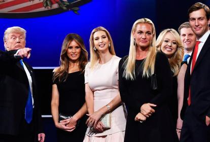 Donald Trump y su familia.