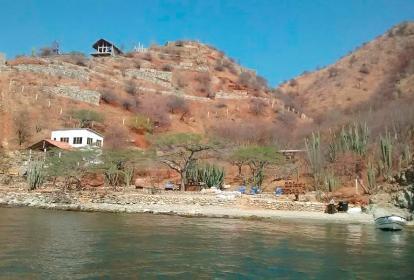 En esta playa se registró el atraco masivo a turistas extranjeros.