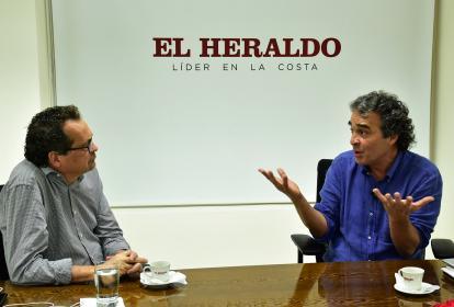 Marco Schwartz, director general de EL HERALDO, en entrevista con Sergio Fajardo, aspirante presidencial.