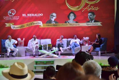 En desarrollo del foro '50 años de Vallenato y Leyenda' conversan los expertos sobre el futuro del vallenato.