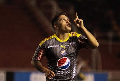 Así festejó Quintero su gol.