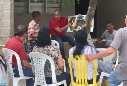 Amín, en campaña en Puerto Colombia.