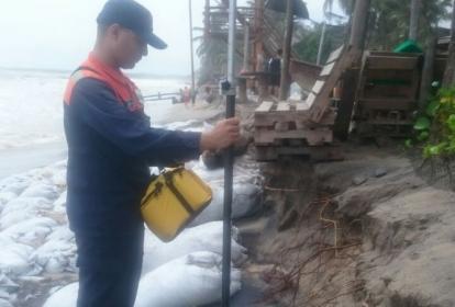 Autoridades realizan control diario en la playa.