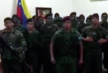El capitán Juan Carlos Caguaripano, comandante de la Operación David Carabobo, en el video difundido este domingo.