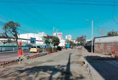 Esta es la calle 22 o avenida Santa Rita, en donde la movilidad es un caos en la capital del Magdalena.