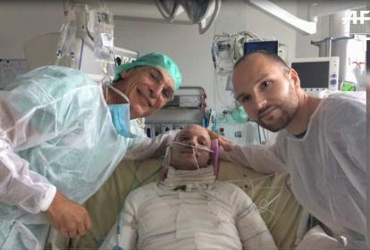 A través de un delicado procedimiento se realizó trasplante de piel exitoso.