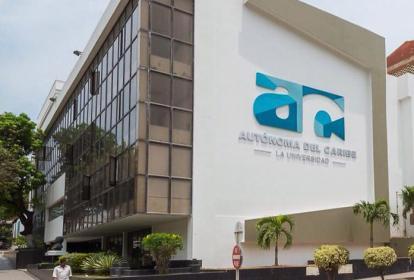 Fachada de la sede de la Universidad Autónoma del Caribe.