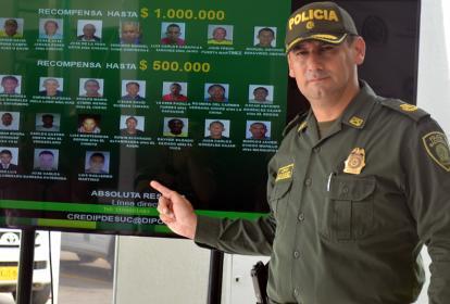 El coronel Julio César Sánchez manifestó que mes a mes este cartel será actualizado en Sucre.
