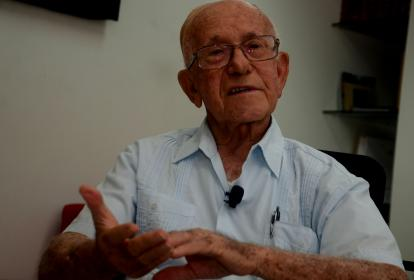 Mario Lustgarten.