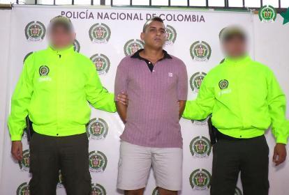 Luis Fernando Mena Fabra, alias 'Cachete', fue detenido por la Sijín en el barrio La Paz.