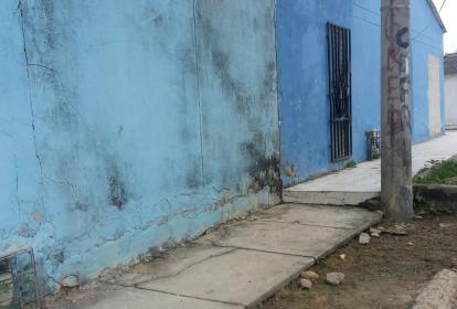En este sector de la calle 84 con carrera 17 del barrio Los Olivos se registró la agresión.