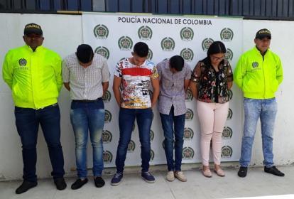 Los jóvenes capturados fueron mostrados por la Policía.