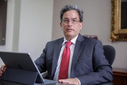 El minhacienda, Alberto Carrasquilla.