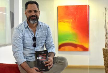 El escritor y poeta Carlos Polo.