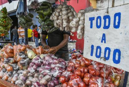 Si es aprobada la Ley de Financiamiento, los alimentos que hacen parte de la canasta básica serán gravados con IVA del 18% desde el 1 de enero de 2019.