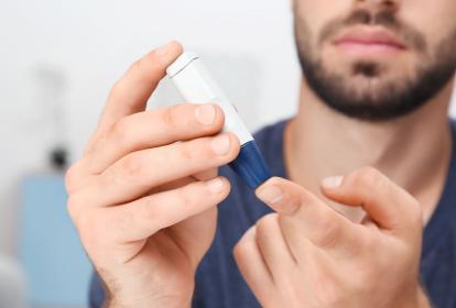 La diabetes tipo 2 se debe en gran medida a un peso corporal excesivo y a la inactividad física.