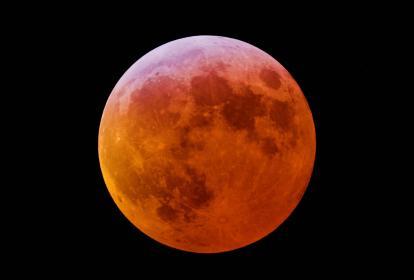 Así se verá el satélite durante el eclipse total de luna que se llevará a cabo la noche del domingo.