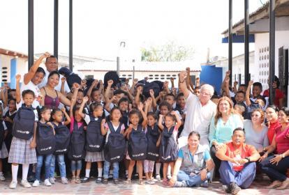 Grupo de estudiantes y docentes en Soledad.