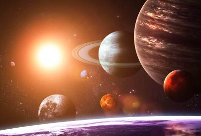Plato busca con sus exploraciones contestar a la pregunta de si estamos solos en el Universo.