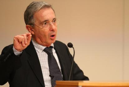 Álvaro Uribe.