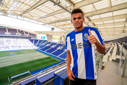 Luis Díaz en el estadio do Dragao.