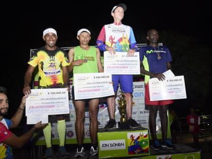 código Morse Limo cortar  Colombianos reinaron en la carrera de San Silvestre en Barranquilla | El  Heraldo