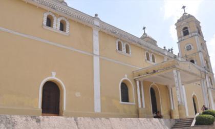 """Denuncian que Catedral de Sincelejo se ha """"convertido en baño público"""""""