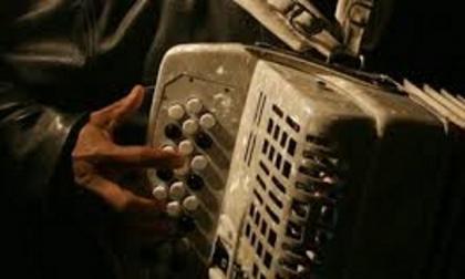 Cantar narcocorridos, motivo de cárcel en Chihuahua