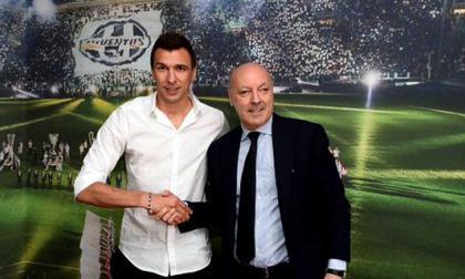 Mario Mandzukic es nuevo jugador de Juventus