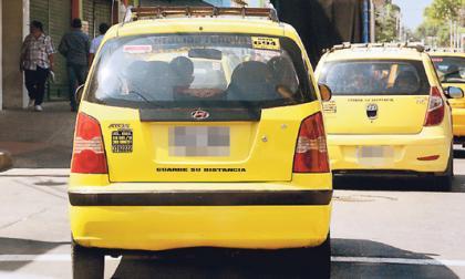 La congestión vehicular es una de las razones que aducen algunos taxistas para el incremento de tarifas.