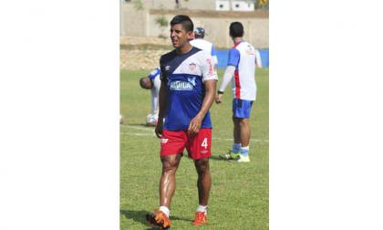 El lateral derecho vallecaucano Jesús David Murillo durante el entrenamiento de ayer en Bomboná.
