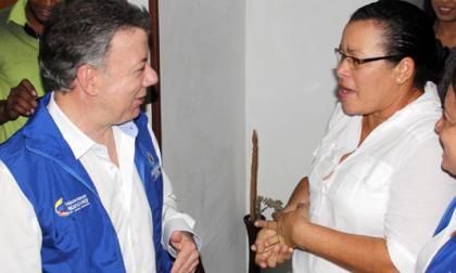 Beneficiada del programa Unidos hizo sonrojar a Santos en Cartagena