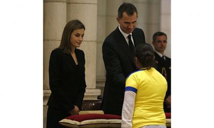 Los reyes de España lideran misa por víctimas del terremoto en Ecuador