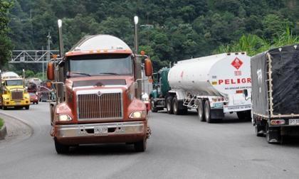 El paro continúa, Gobierno y camioneros no llegan a acuerdos