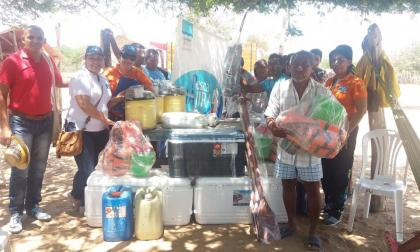 Entregan ayuda a pescadores de La Guajira