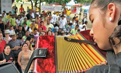 Hoy comienza primer Festival Femenino del Vallenato