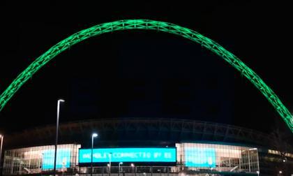 En video: Estadio Wembley ilumina su arco de verde en homenaje al Chapecoense