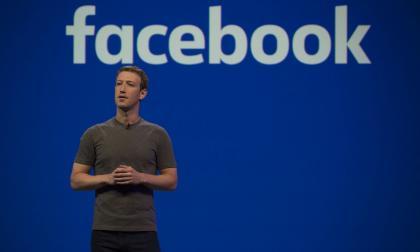 """Facebook admite que aloja """"información errónea y engañosa"""""""
