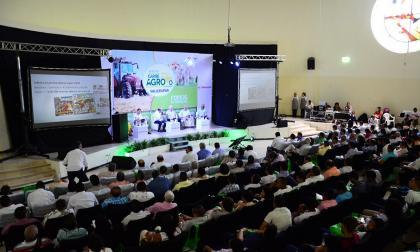 Un aspecto general del concurrido auditorio del Foro Caribe Agro.